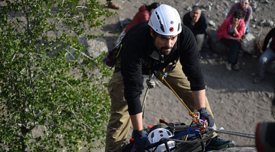 Ascenso con camilla de rescate