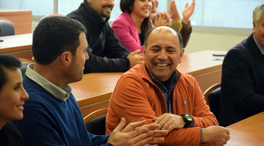 Fernando Aizman director de carrera y Sergio Loyola docente de IECO