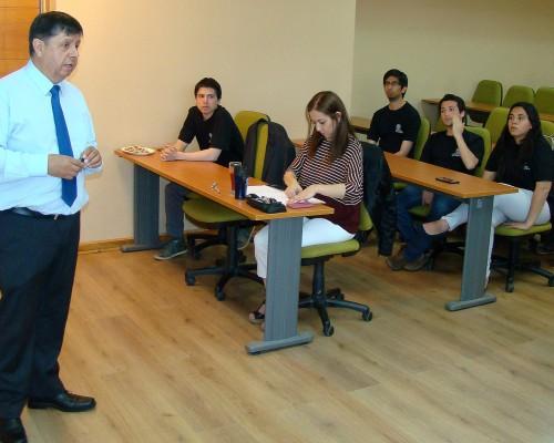 Presentación del proyecto a cargo del académico FIT José Rodríguez.