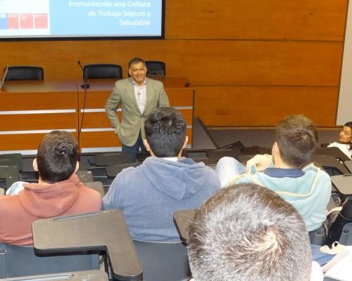 Hugo Rojas se refririó a la política nacional de Seguridad y Salud en el Trabajo.