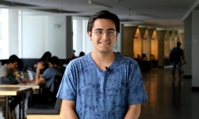 CARLOS NAVARRO ESTUDIANTE FIT (1)