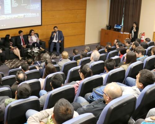 Panel de conversación dio inicio a Cippuss en la sede Concepción.