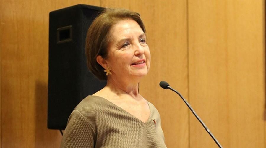 Ministra-de-transportes-Gloria-Hutt
