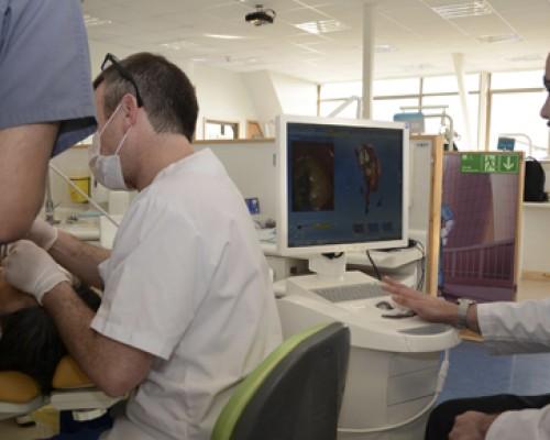 La U. San Sebastián sede Valdivia es la primera a nivel regional en implementar este sistema digital odontológico.