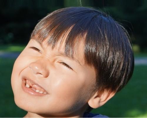 niño-cambio-dientes