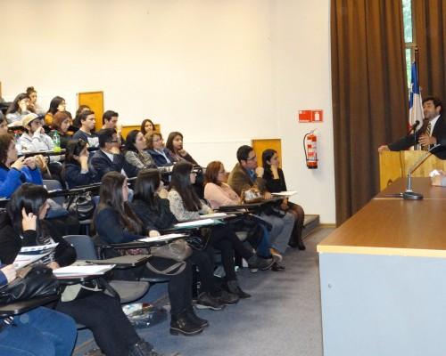 El académico Jorge Varela es doctor en Psicología y Educación por la Universidad de Michigan.