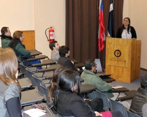 Psicología USS Concepción realizó conversatorio junto a organizaciones sociales.