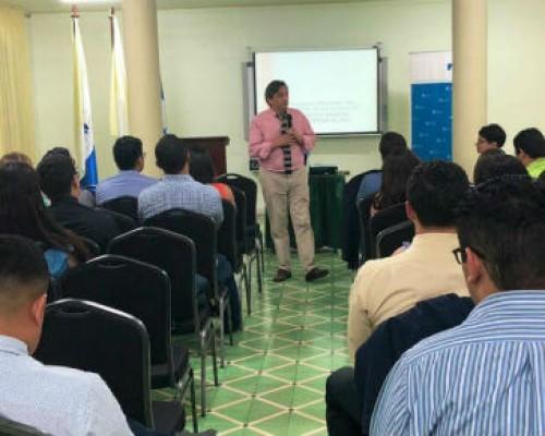 Director Instituto de Filosofía USS expone sobre Economía Social de Mercado en Honduras