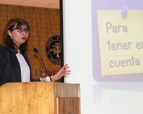 La doctora Mónica Guzmán González expuso para Psicología en la USS Concepción.