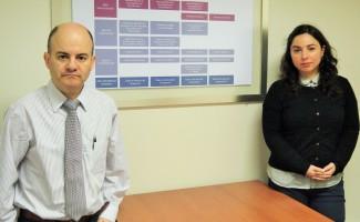 Ph.D. Álvaro Quiñones, Director del Magíster, y Carla Ugarte, Coordinadora Académica del Magíster.