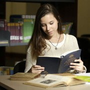 admision-alumna-biblioteca-002