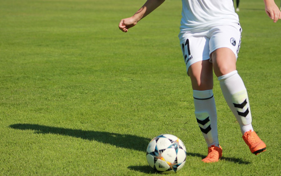 El hito del fútbol femenino y las deudas con el deporte