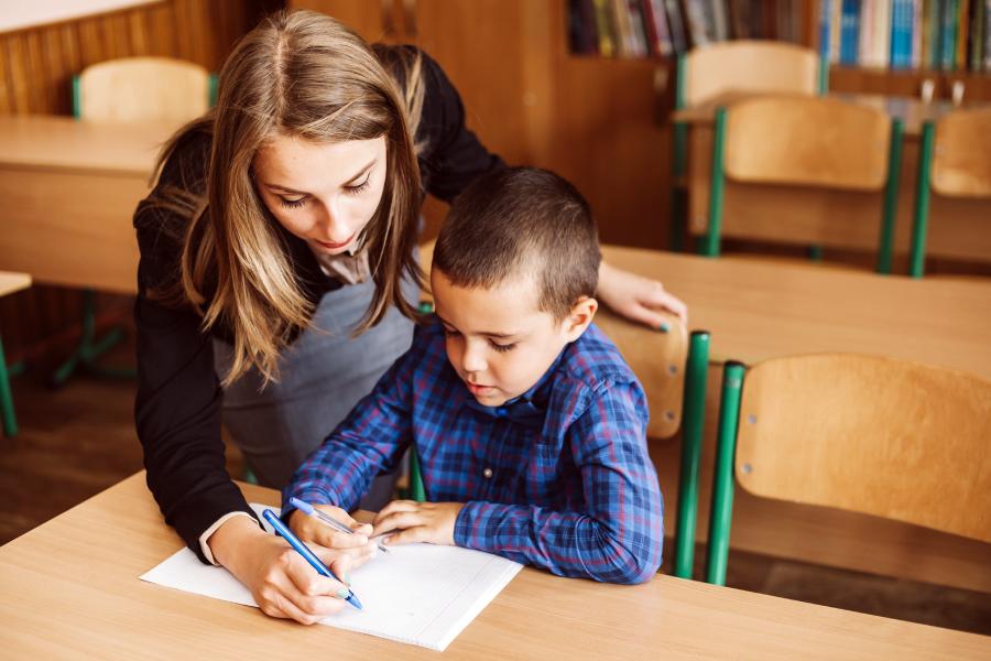 PBaraja estas 7 cartas para tu futuro como profesor