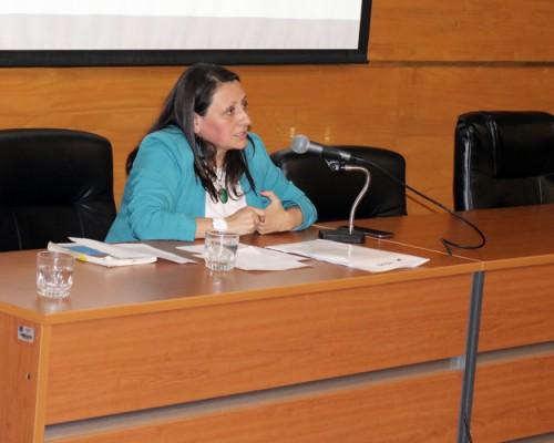 La Asistente Social Fabiola Díaz, de la Defensoría Penal Pública del Ministerio Público del Biobío, estuvo a cargo de la presentación.