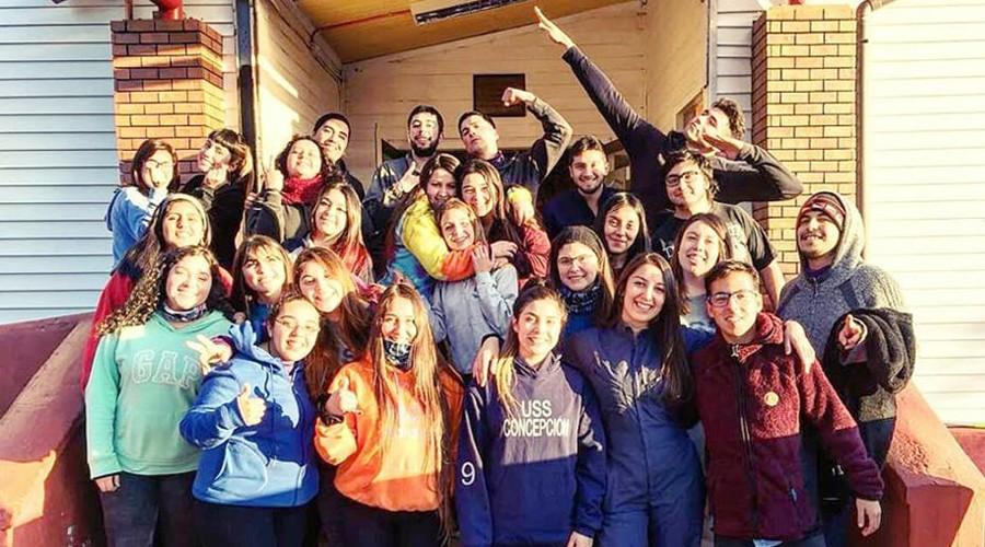 Estudiantes-USS-Concepcion-realizaron-voluntariado-en-colegio-rural-de-Ranguelmo 2
