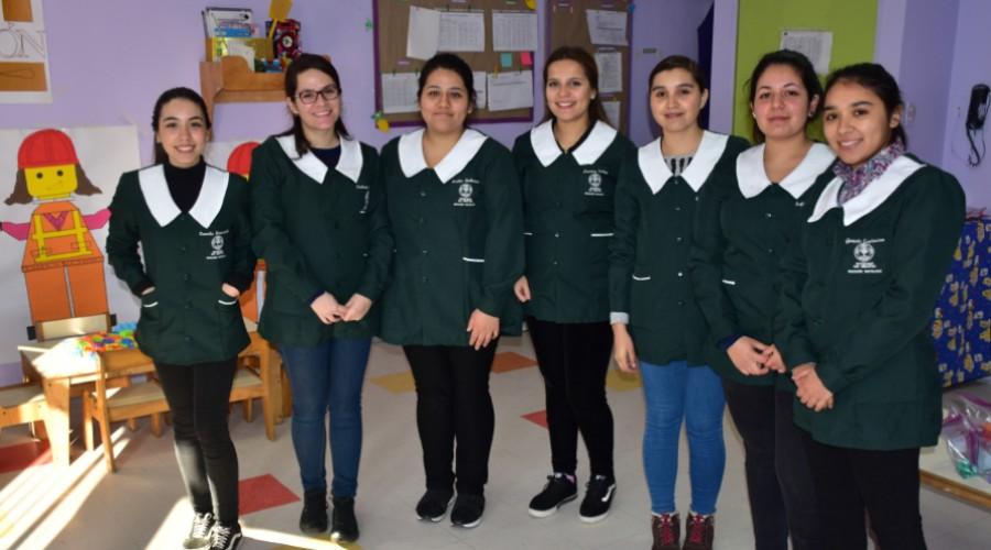 Estudiantes de Educación Parvularia realizaron Feria Recreativa en Jardín Infantil de PAC