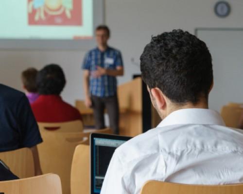 Déficit de Profesores: La educación está en jaque