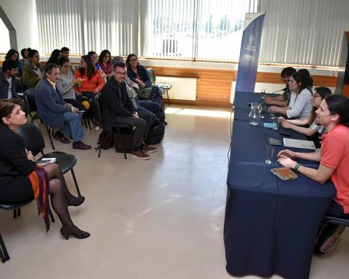 El coloquio fue organizado por la asignatura de Psicología Comunitaria.