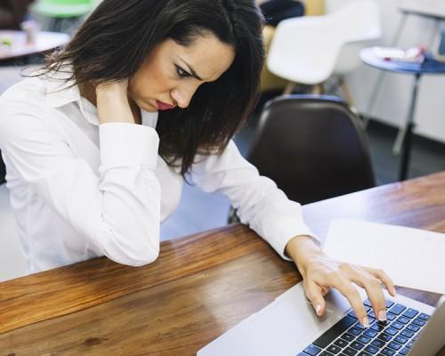 Lesiones cervicales radiografía del estrés laboral
